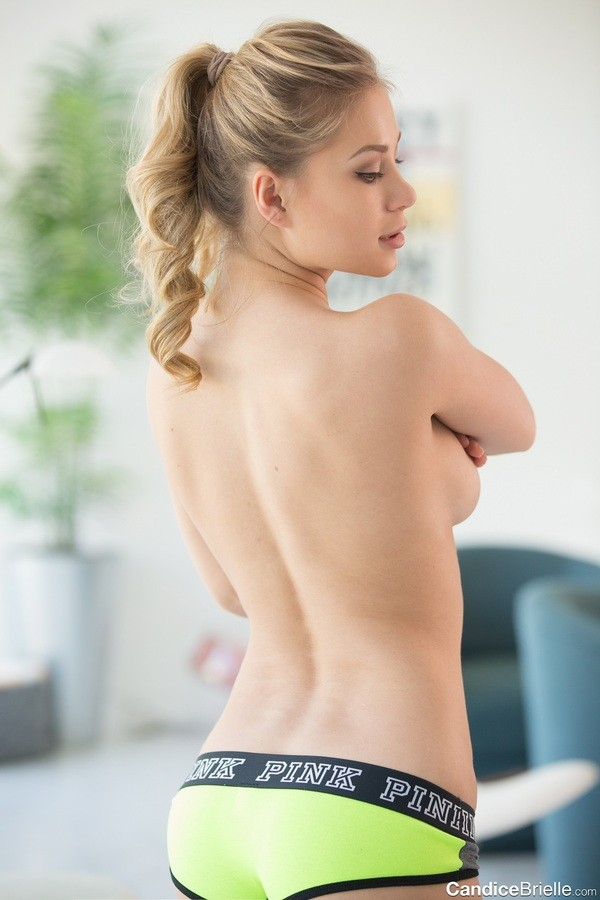 Candice BrielleSexy Nude Photos, Amazing Tits