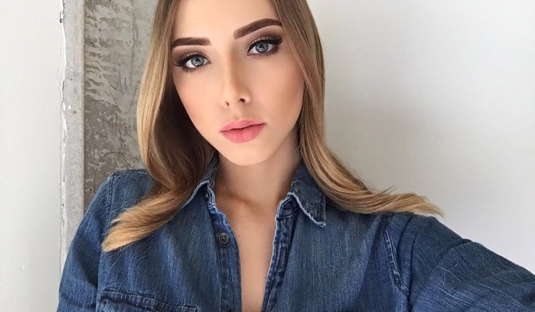 Hailie Scott Mathers Sexy Pictures, Nice Cleavage