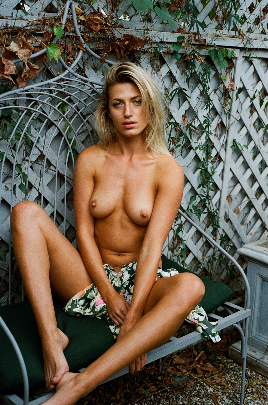 Nackt Jessica Abbott  Virginia Beach