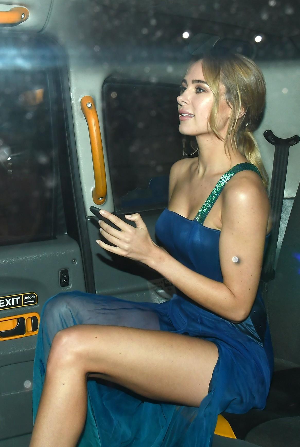 Kimberley Garner Sexy Photos, Blue Dress