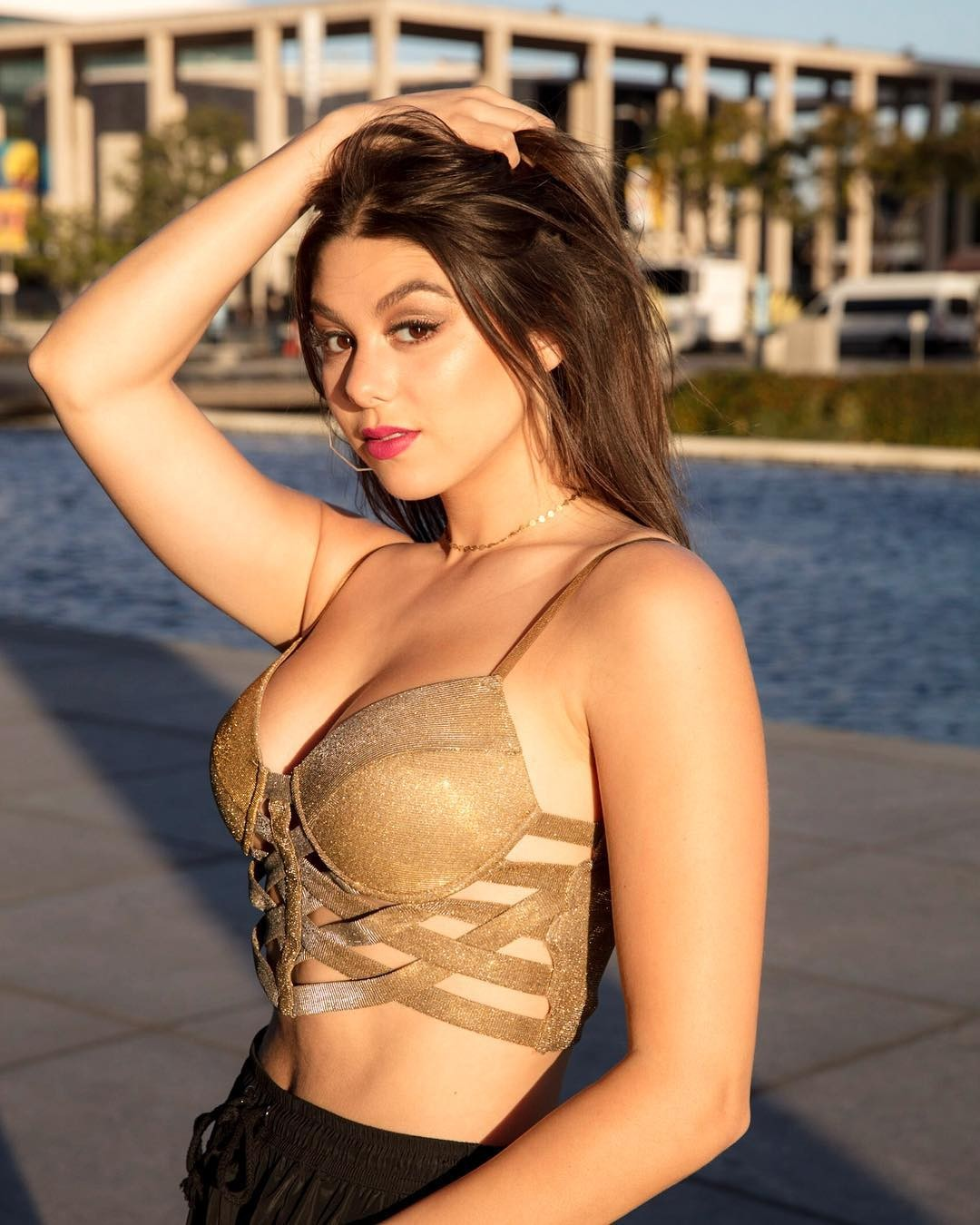 Kira Kosarin Collection of Hot Pics, Great Body | The