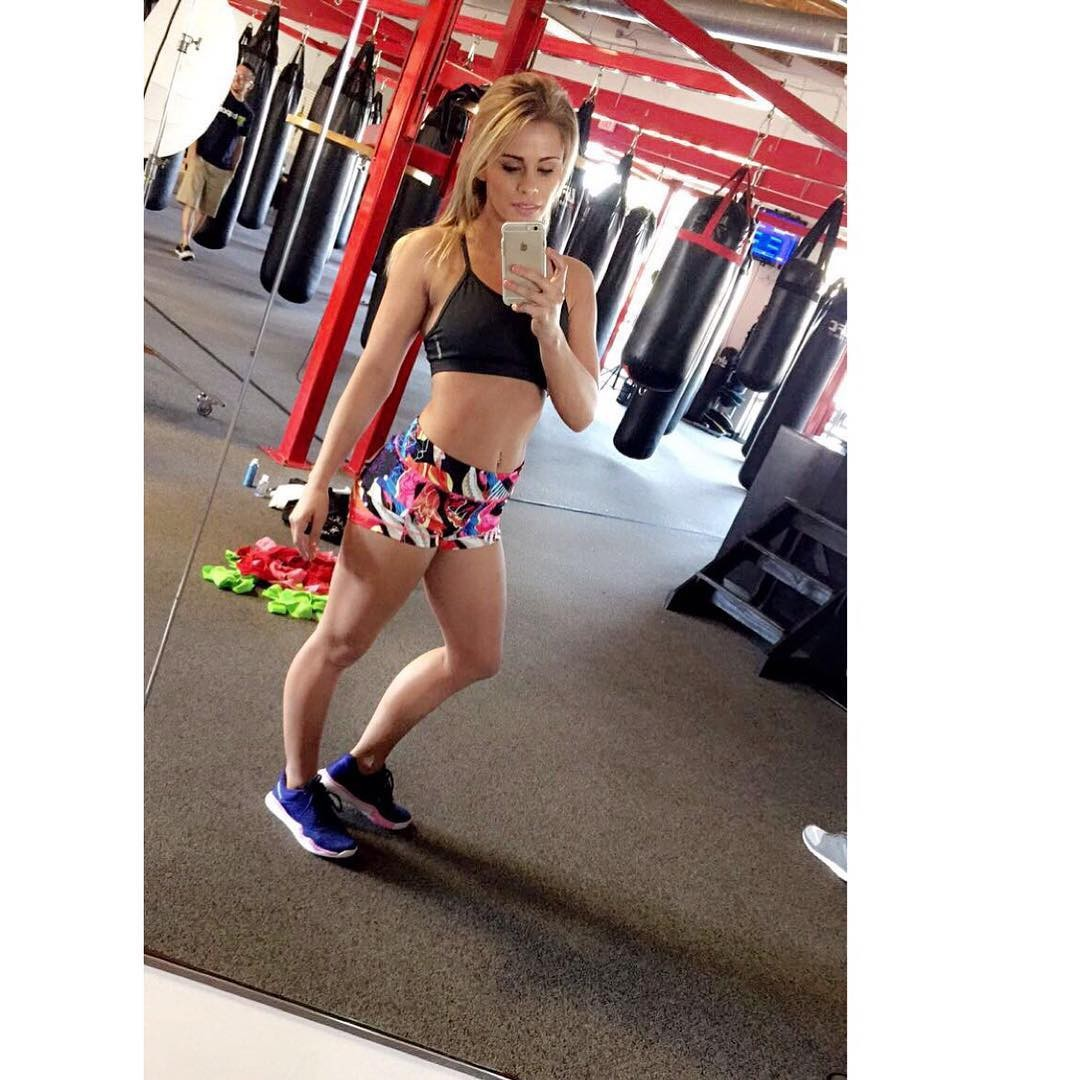 Paige VanZant Leaked Pictures, Braless