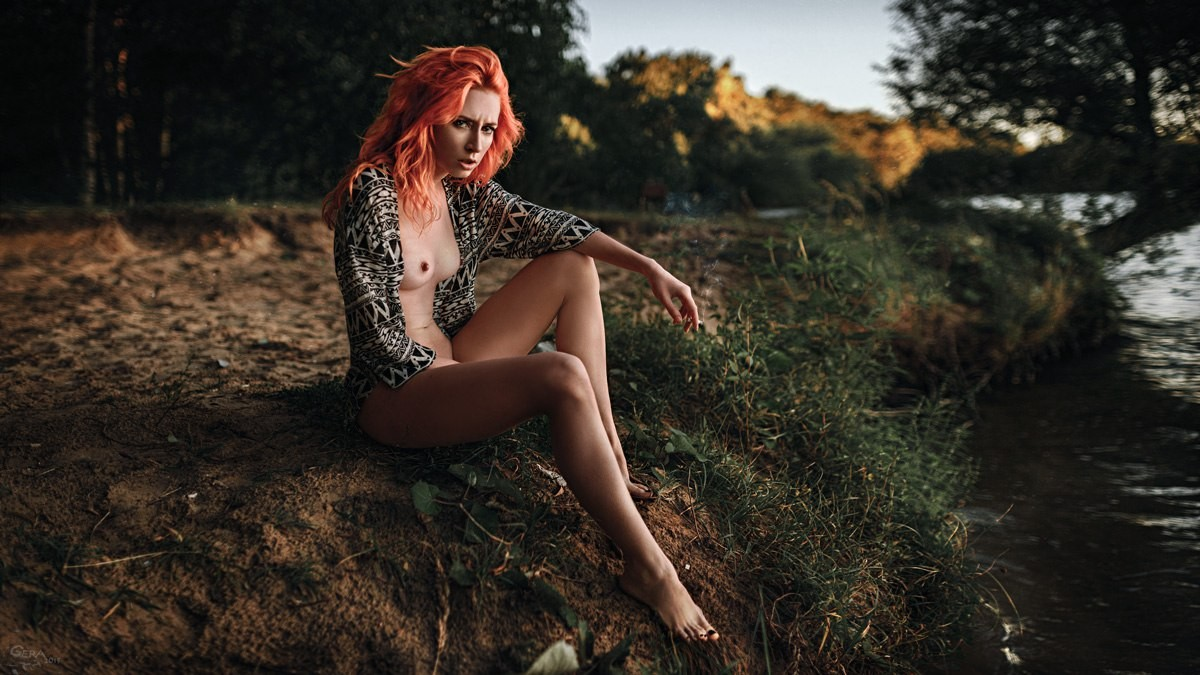 Anna Rossa, Pale Redheaded Hottie