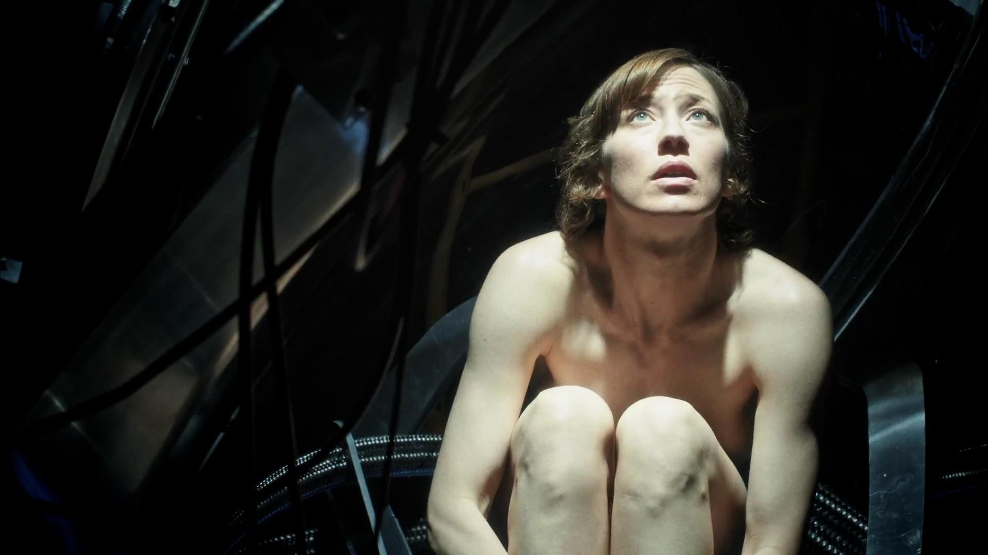 Carrie Coon Sexy Nude Images, MILF