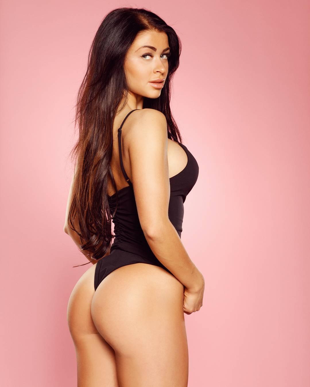 Clara Lindblom Hot Pictures, Huge Ass