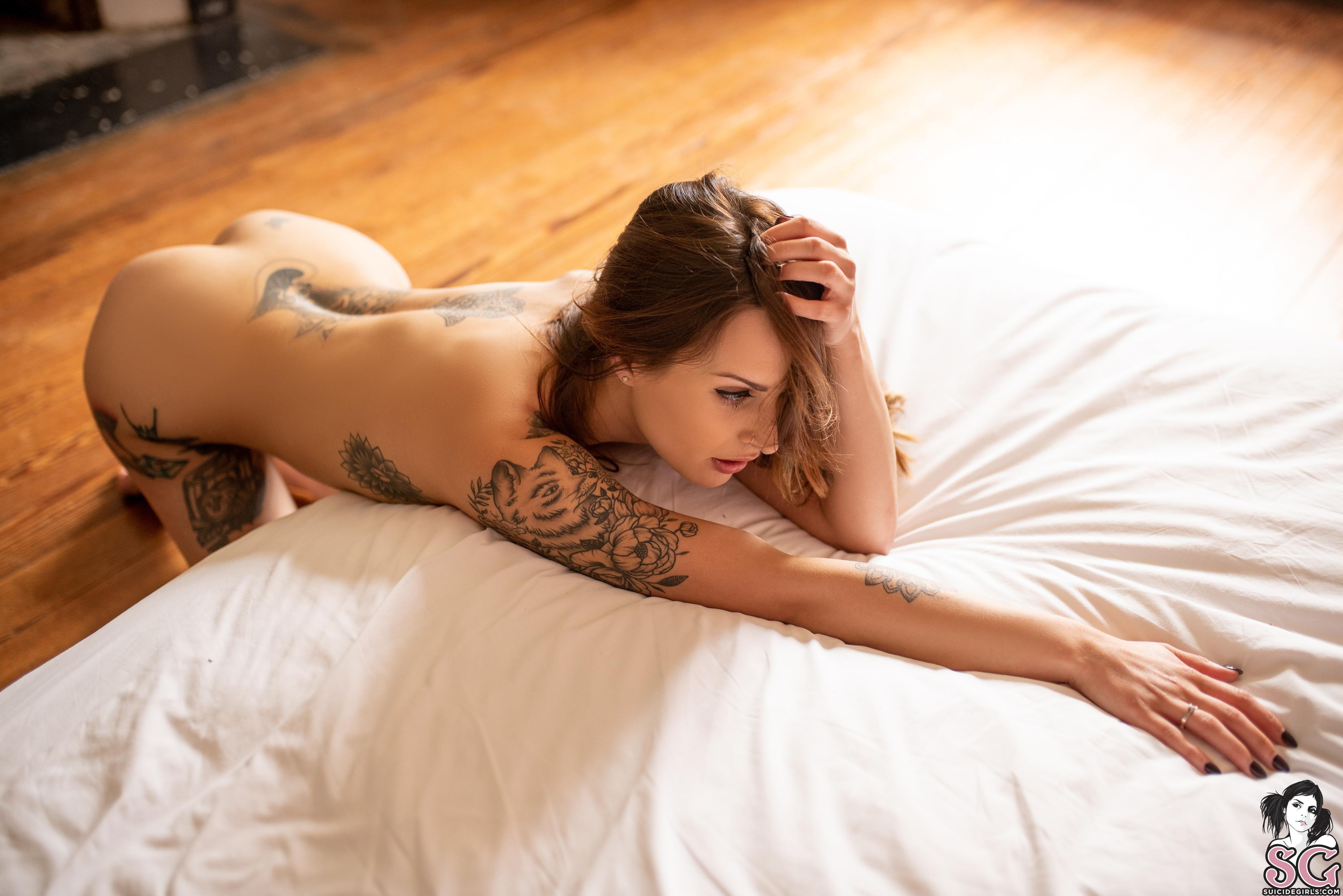 Helena Rae Nude Photos, Tattooed Body
