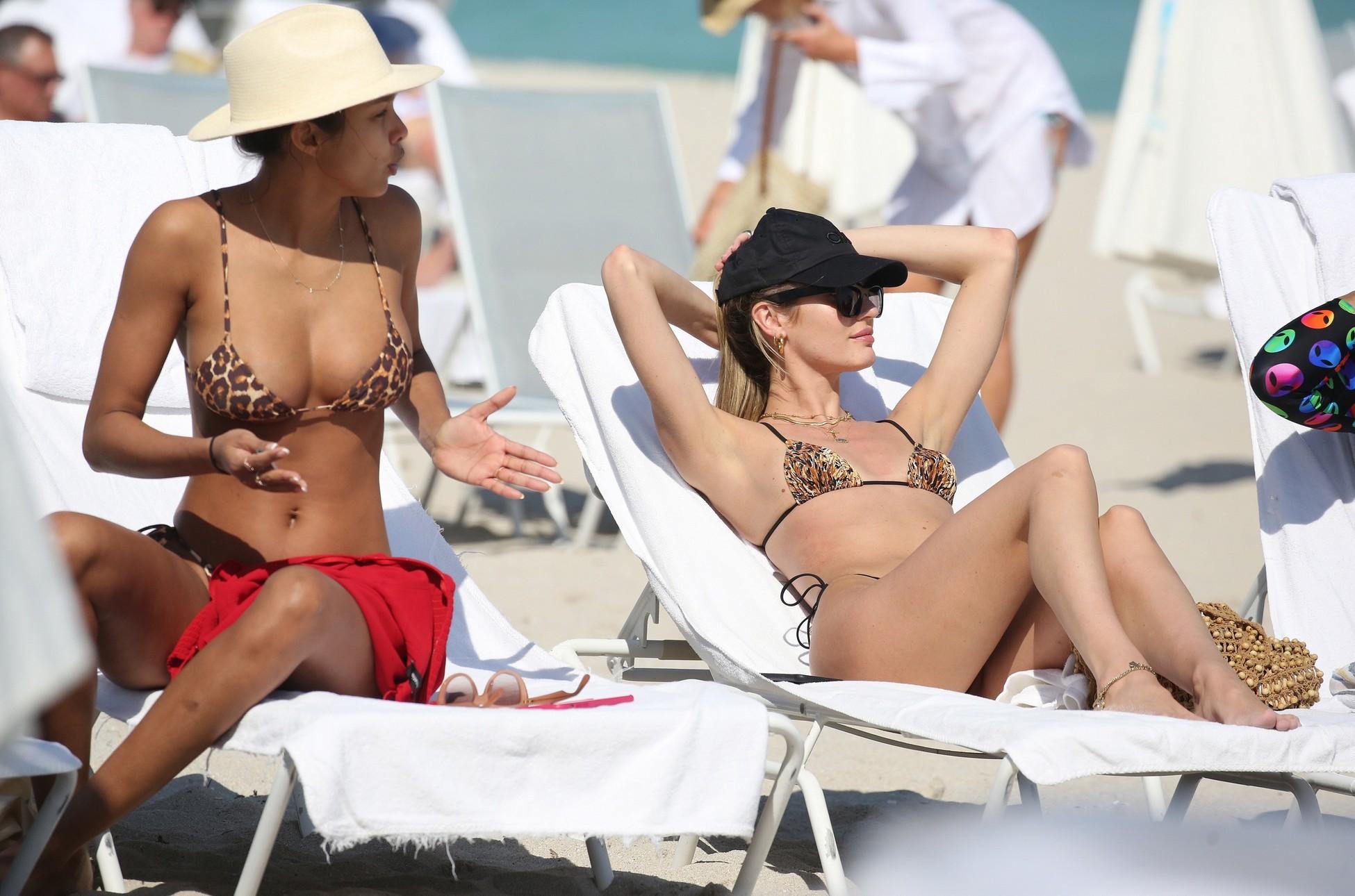 Lais Ribeiro & Candice Swanepoel Bikini