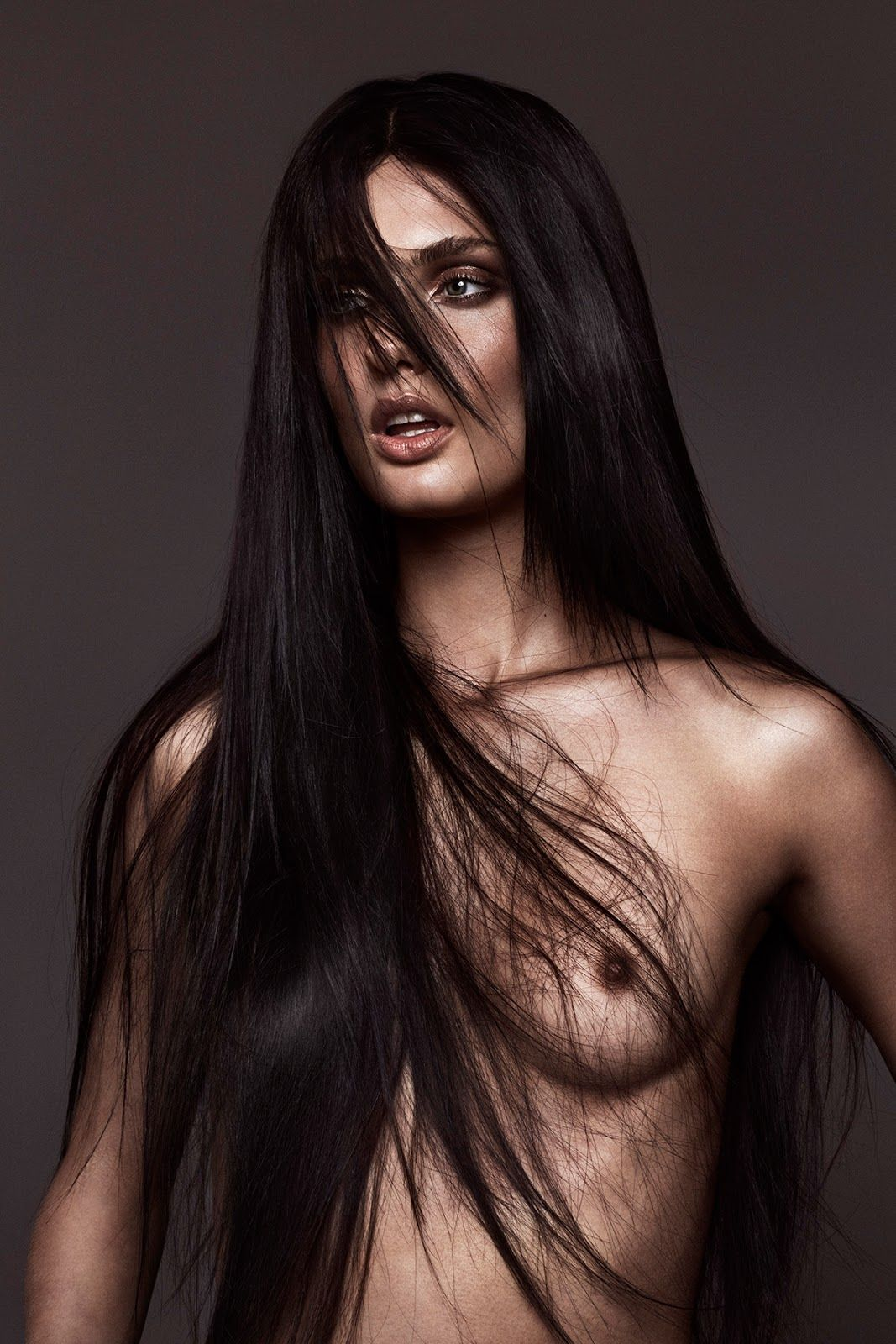 Marta Bez Topless