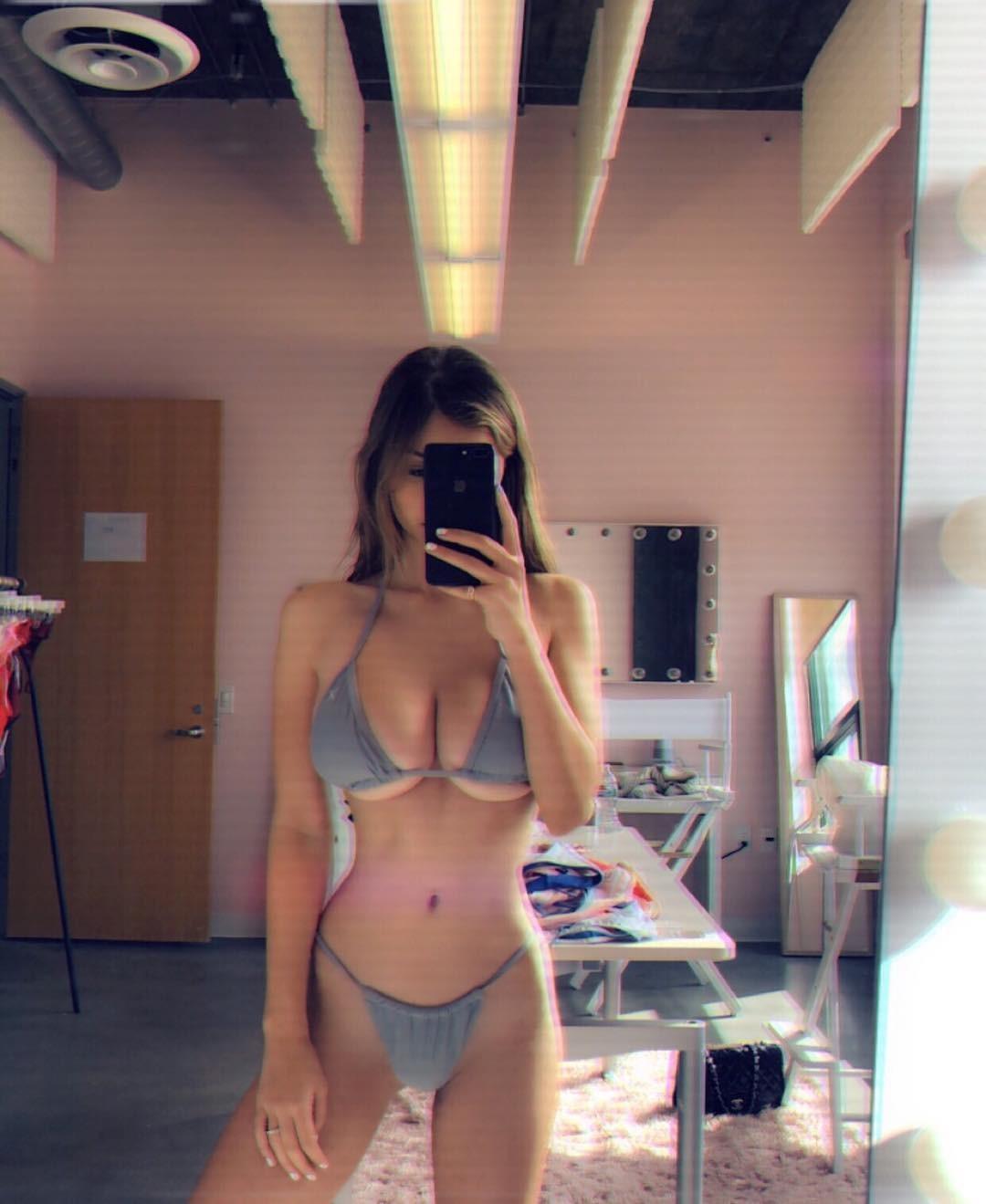 Sophie Mudd Hot Bikini Pics, Ass