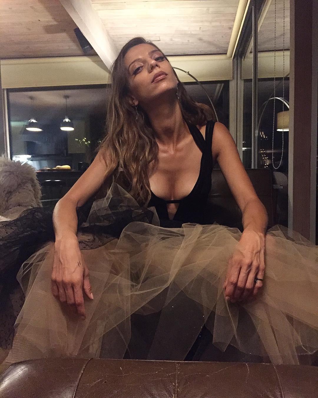 Angela Sarafyan Nude, Clips And Photos