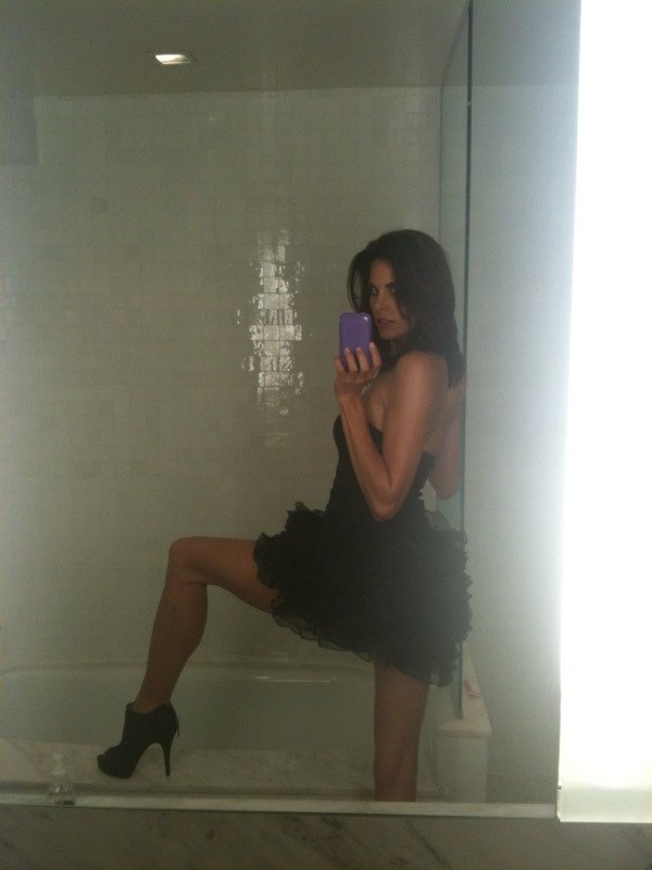 Brooke Burns Naked Private Pics, Long Legs