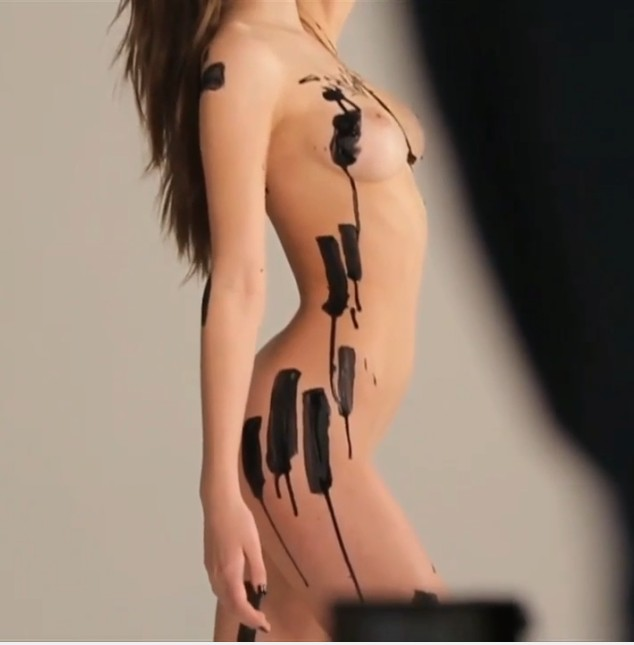 Elsie Hewitt Video and Pics, Nude Photoshoot