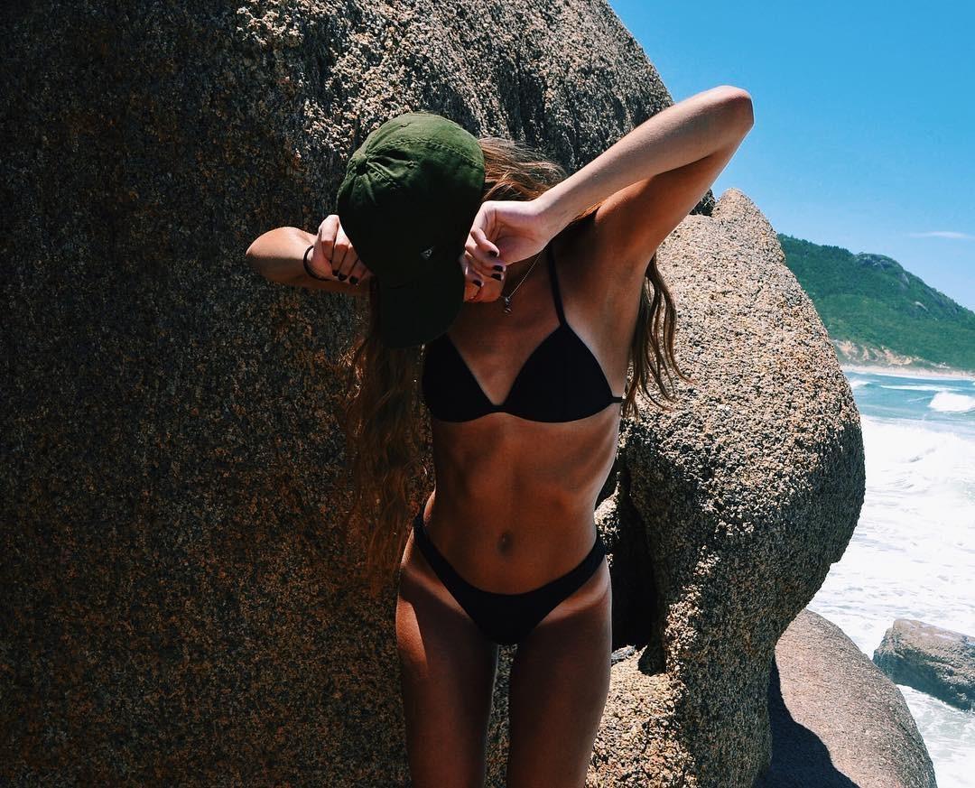 Guada Baldessari Leaked Photos, Beach