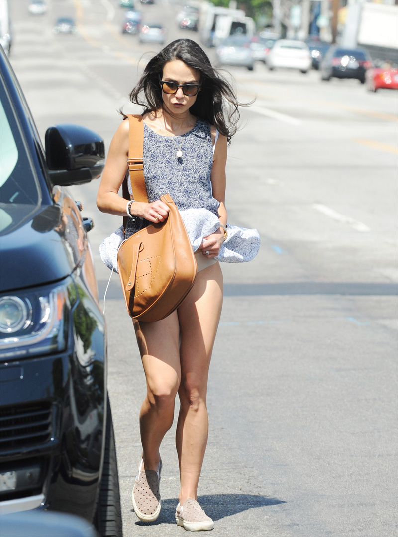 Jordana Brewster Photos of her Panties