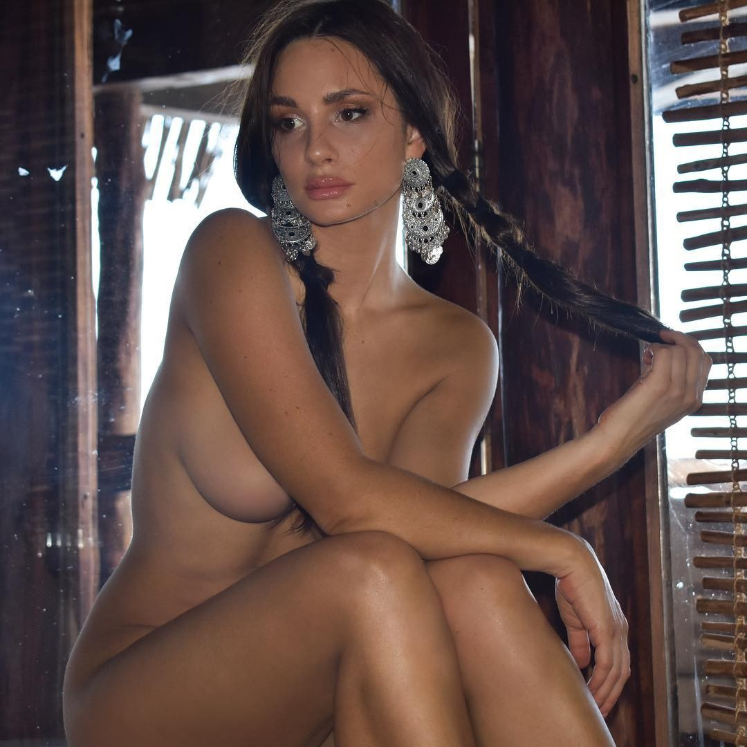 Rosie Roff Totally Nude, Sexy Pics