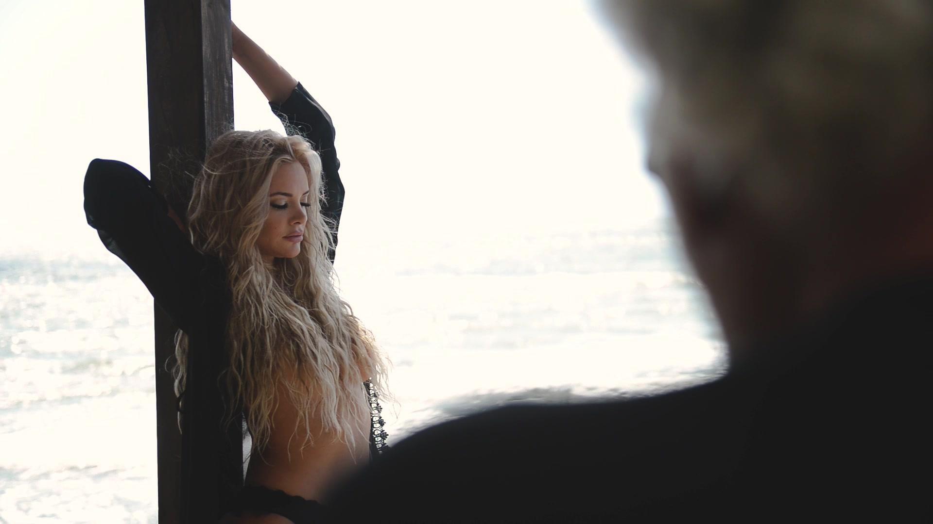 Ria Antoniou Nude Photoshoot, Big Ass