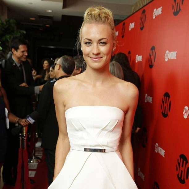 Yvonne Strahovski Leaked Private and Pro Pics