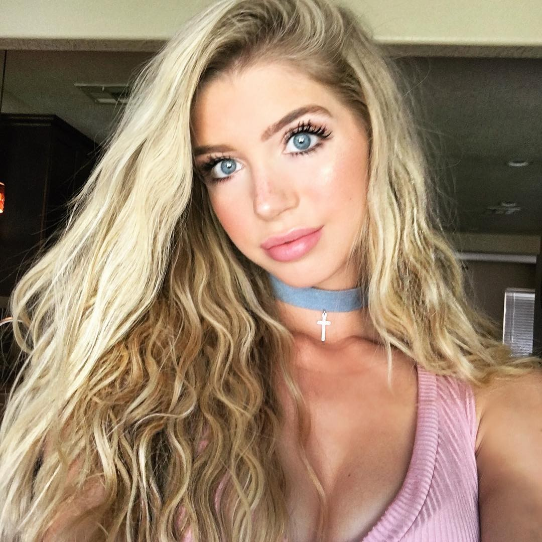 Allie DeBerry Hot Beach Photos