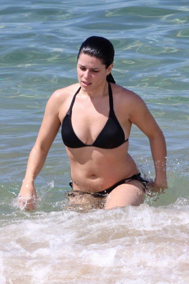 Neve Campbell Bikini