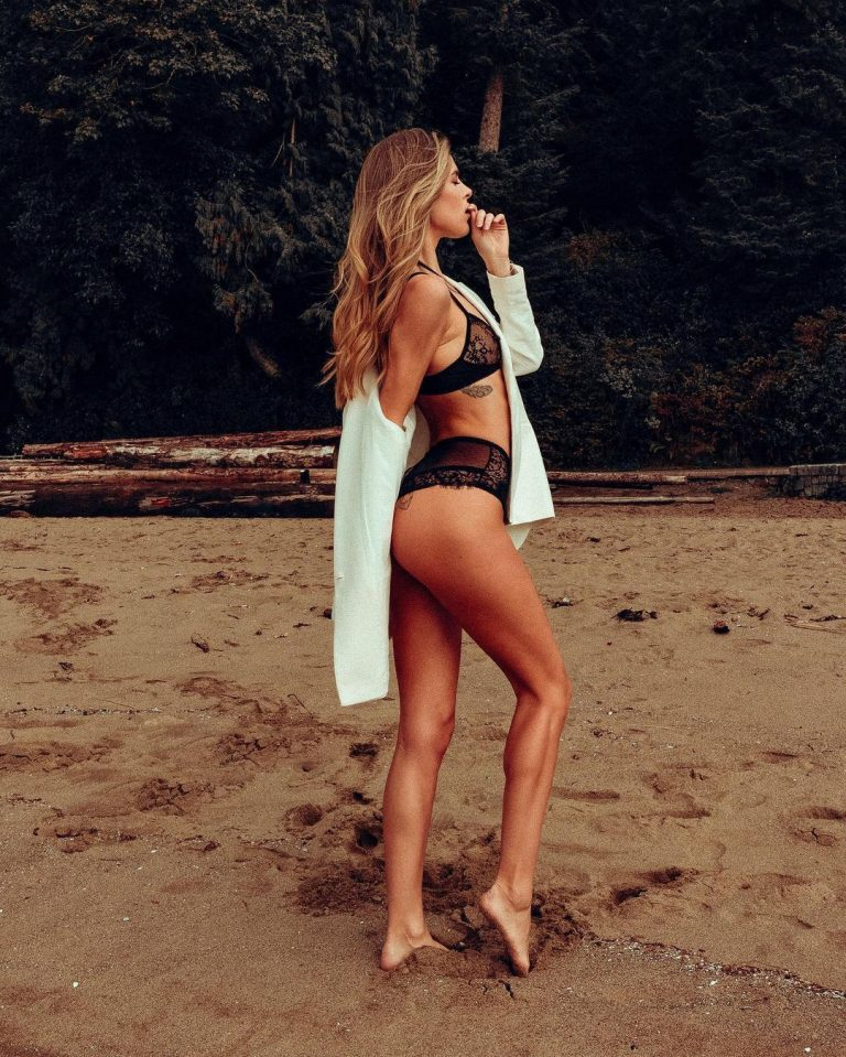 Hailey Afton Nude