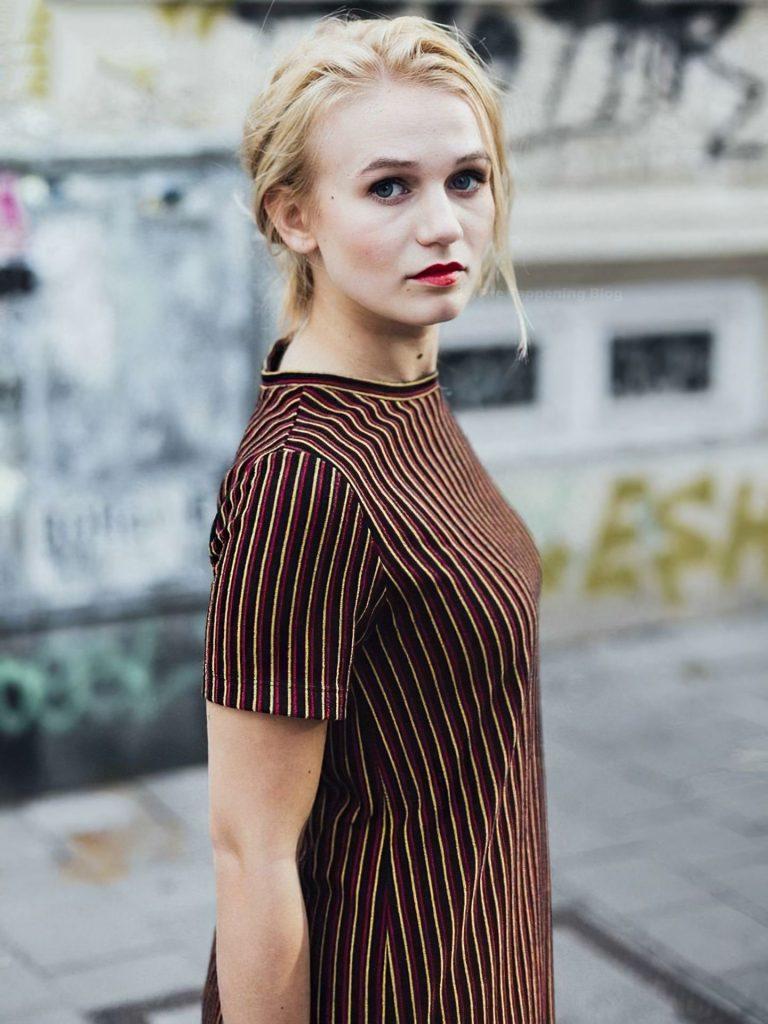 Leonie Wesselow Sexy