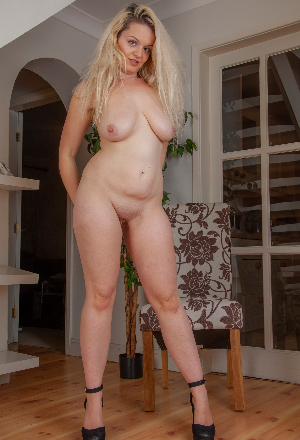 Laura Hall Naked